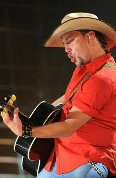 NASHVILLE, TN - JUNE 10: Singer/Songwriter Jason Aldean performs during CMA Music Festival Day 1 at LP Field on June 10, 2010 in Nashville, Tennessee. (Photo by Rick Diamond/Getty Images) NYTCREDIT: Rick Diamond/Getty Images 12grammypicks